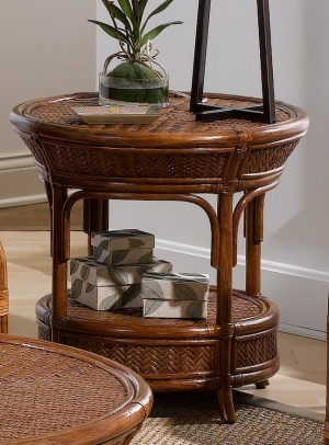 Classic Rattan Edgewater End Table