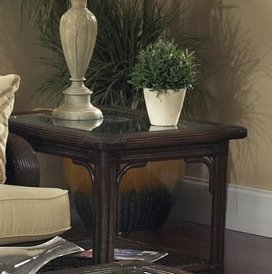 Classic Rattan Windsor End Table
