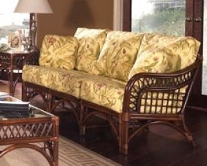 Classic Rattan Caliente Sofa