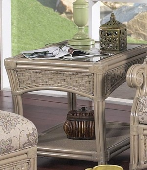 Classic Rattan Riviera End Table