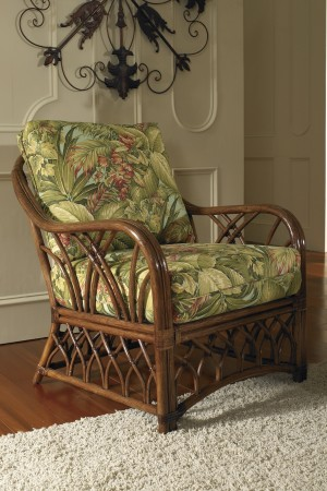 Classic Rattan Orchard Park Lounge Chair