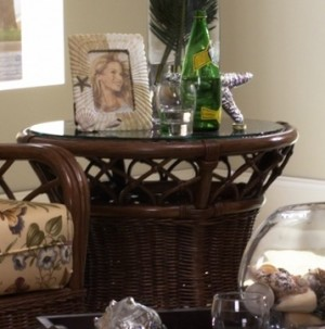 Classic Rattan Eastwind End Table